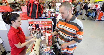 Family Dollar: Is bad news for store good news for US economy? (+video)