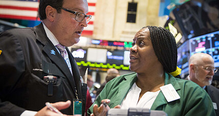 Stock market rises as big earnings week starts