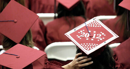 US high school graduation rates hit historic high (+video)