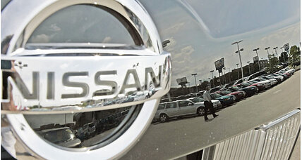 Nissan debuts self-cleaning paint. The end of the car wash?