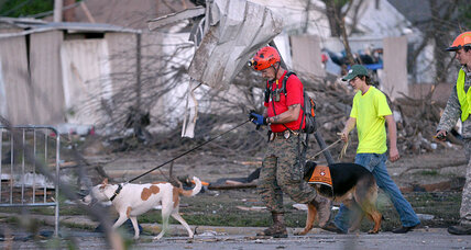 Tornado rescue and recovery in full swing, even as more storms loom (+video)