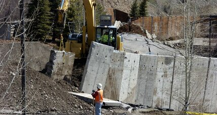 Wyoming, Washington State landslides: Natural or human-caused? (+video)