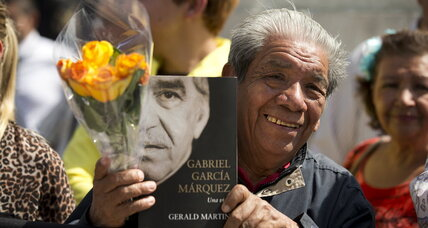 Fans honor Nobel laureate Gabriel Garcia Marquez in Mexico City