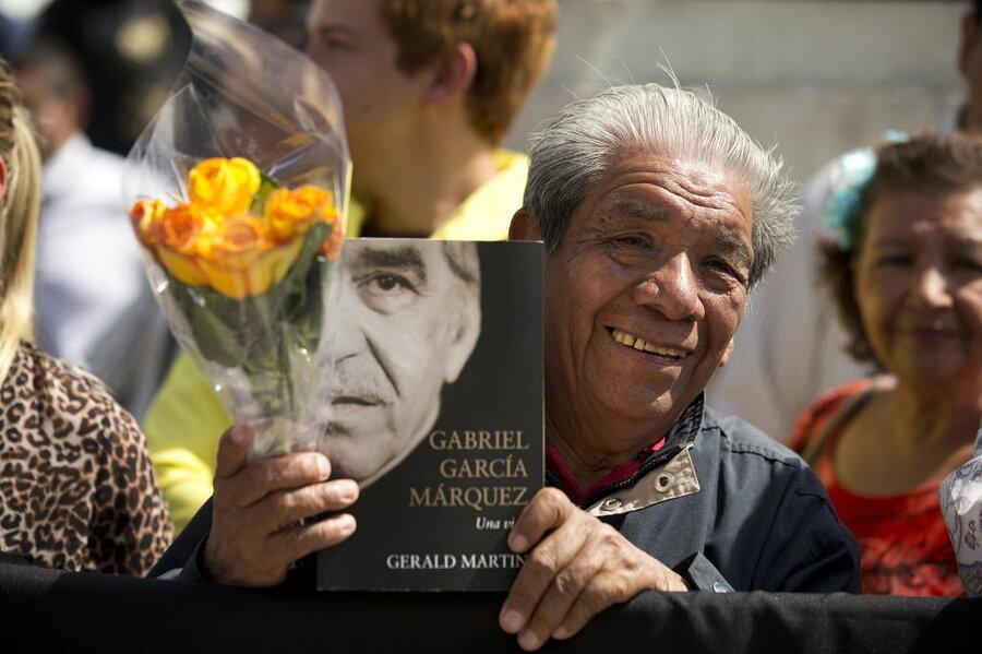 fans honor nobel laureate gabriel garcia marquez in mexico city