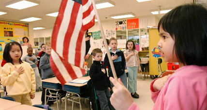 Atheists' new plan of attack against Pledge of Allegiance: state courts (+video)