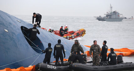 Evacuation order came too late on sinking South Korea ferry, survivors say