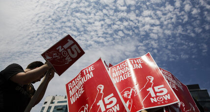 Fast-food strike: How strong is the case for a big wage hike? (+video)