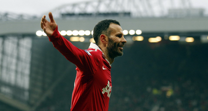 Ryan Giggs retires after 23 years with Manchester United