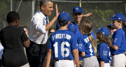 Obama: Little Leaguers surprised by president on ball field