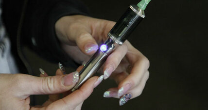 Do e-cigarettes help break the nicotine habit, or make it harder to quit? (+video)