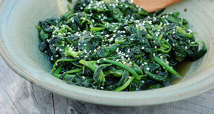 Stir-fried garlic spinach
