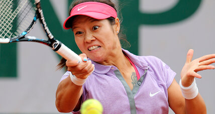 Li Na loses in French Open first round