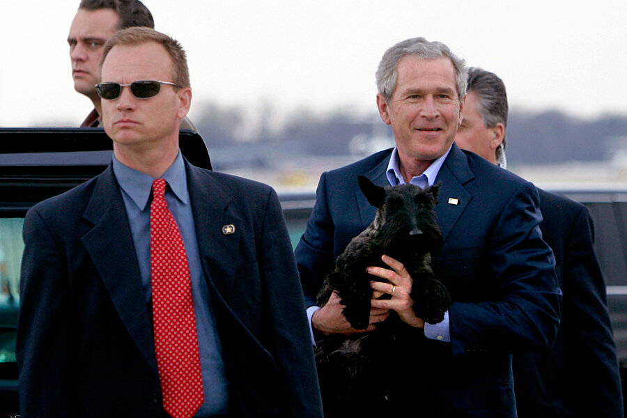 Secret Service didn't clip rights of anti-Bush protesters, Supreme Court  says - CSMonitor.com