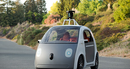 Google self-driving car: no steering wheel, no problem?