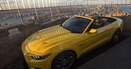 Ford sells 500 Mustangs in 30 seconds