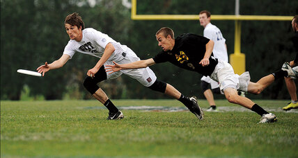 Ultimate Frisbee goes pro (+video)