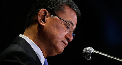 Veterans Affairs chief Eric Shinseki quits. Will that solve VA's problems?