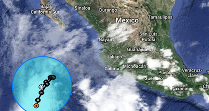 Hurricane Amanda rallies briefly, surprising scientists (+video)