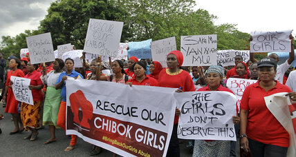 Nigerians lambast government inaction as hundreds of school girls remain missing (+video)