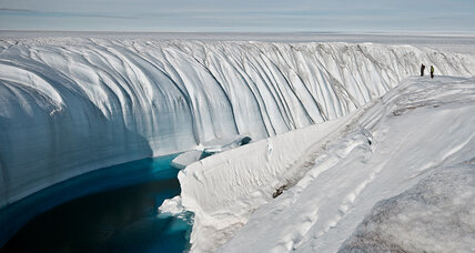 How dust in the wind may be quickening Greenland's ice melt (+video)
