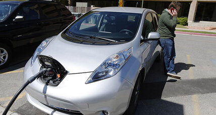 Move over, Uber: Nissan Leaf taxi fleet is hitting London