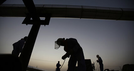 Oil prices near 9-month high on Iraq crisis