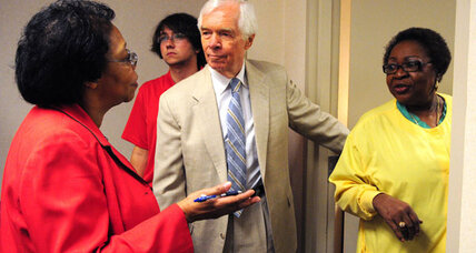 Mississippi Senate runoff: Can black voters save Thad Cochran? (+video)