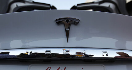 As Tesla Motors continues online selling, auto dealers fight back