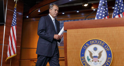 John Boehner vs. Obama 101: Could plan to sue president work? (+video)