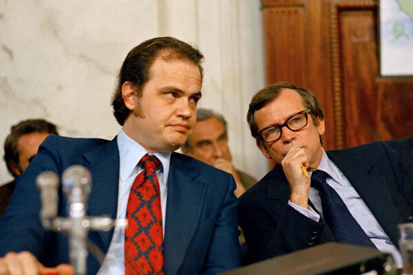 and Fred Thompson, chief minority counsel of the Senate Watergate Committee (l.), talking during the Watergate hearings on Capitol Hill in ...
