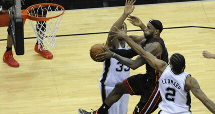 NBA Finals: Missed free throws help Heat beat Spurs in Game 2