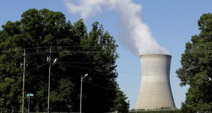 Pint-size nuclear plants get a boost from Obama administration