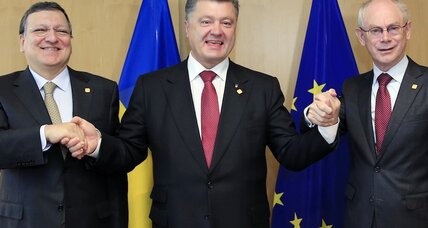 Ukraine signs historic trade pact with EU as Moscow warns of consequences