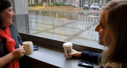 Need a mobile buzz? Starbucks rolls out wireless charging nationwide. (+video)
