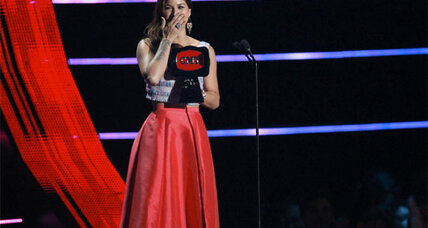 CMT Awards 2014 include wins by Cassadee Pope, Carrie Underwood