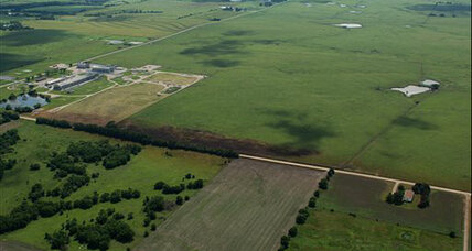 Kansas pipeline eruption leaves worrisome oily residue across Olpe