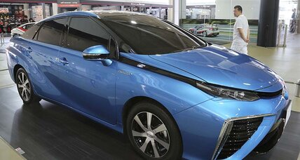 Toyota faces safety roadblock for fuel-cell vehicles in US