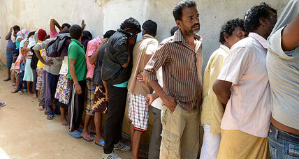 In blow to Abbott, Australian court halts repatriation of Sri Lankan asylum seekers