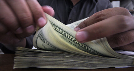 US teens are just 'average' at financial literacy, study finds. How can they improve?