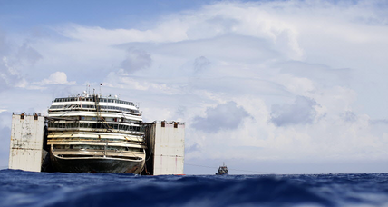 Costa Concordia cruise liner refloated, will be towed away for scrap