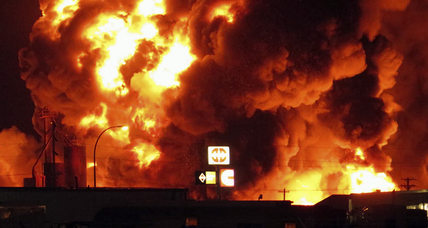 Cause of massive fire at N.D. oil supplier unknown, flights cancelled