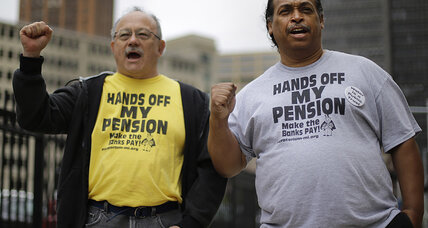Detroit pension cuts face pushback from bond insurers