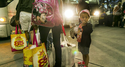 Border crisis: Volunteers rally to help migrant mothers and children
