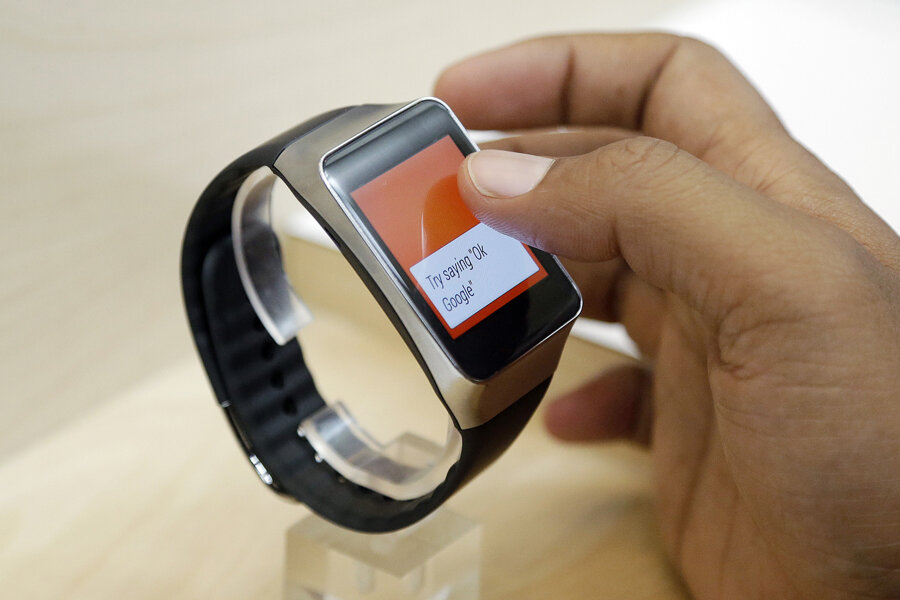 Android Wear: More than 20 smart watch apps hit Google Play