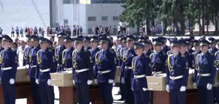 Dutch declare day of mourning as first MH17 victims arrive