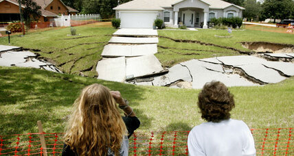 Sinkhole in Florida: In 'Sinkhole Alley,' another massive one swallows a street