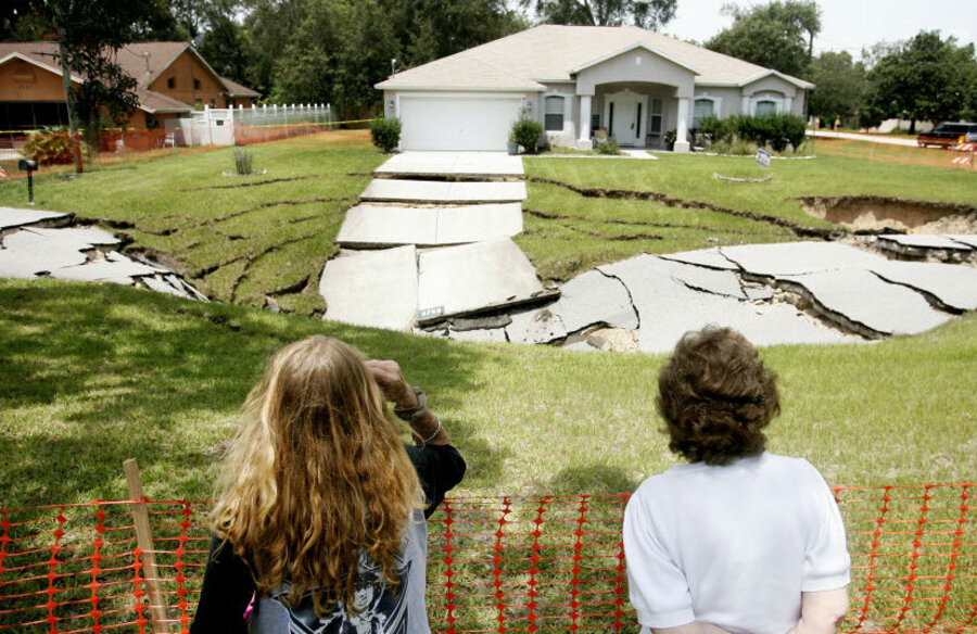 Sinkhole In Florida In Sinkhole Alley Another Massive
