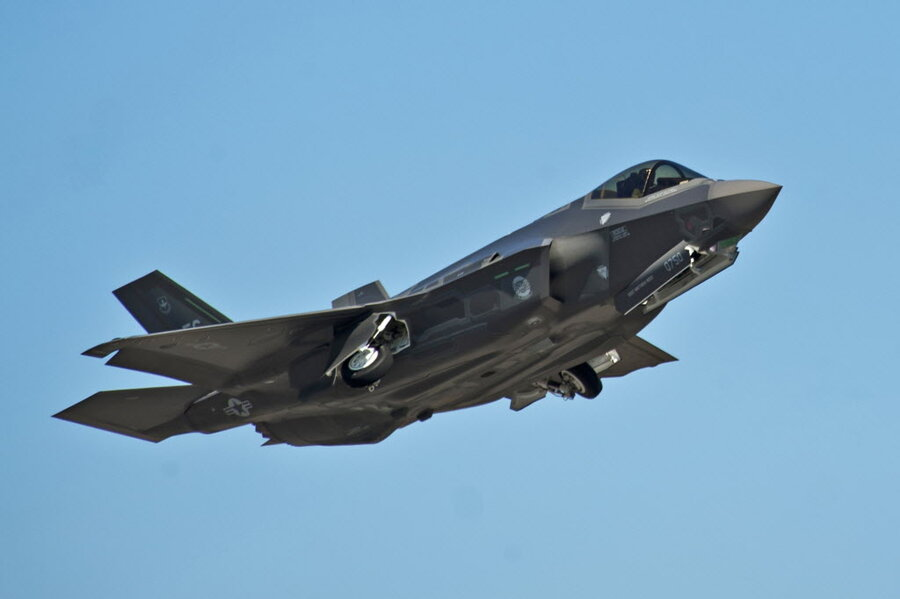 f 35 jets grounded fire during takeoff grounds entire f 35 fleet