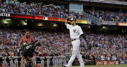 Derek Jeter, Mike Trout earn applause in MLB All-Star Game