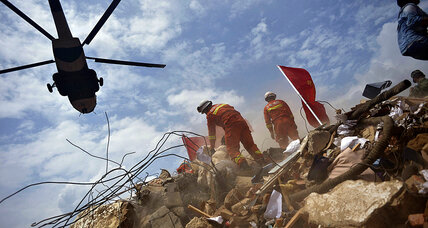 As China counts earthquake toll, an olive branch from Tokyo (+video)